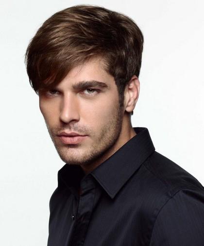 Corte de pelo con chasquilla hombre